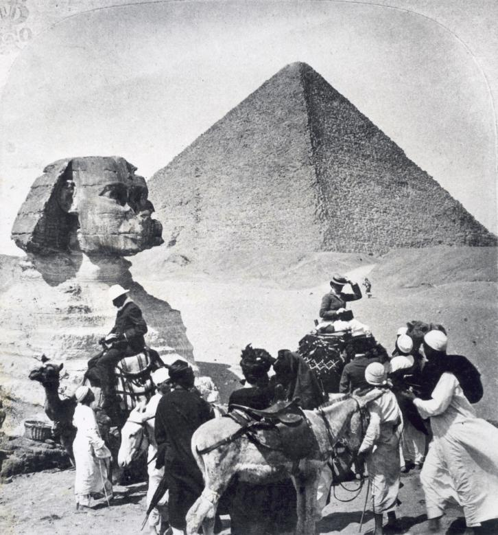 Touristen_in_Egypte_-_Tourists_in_Egypt